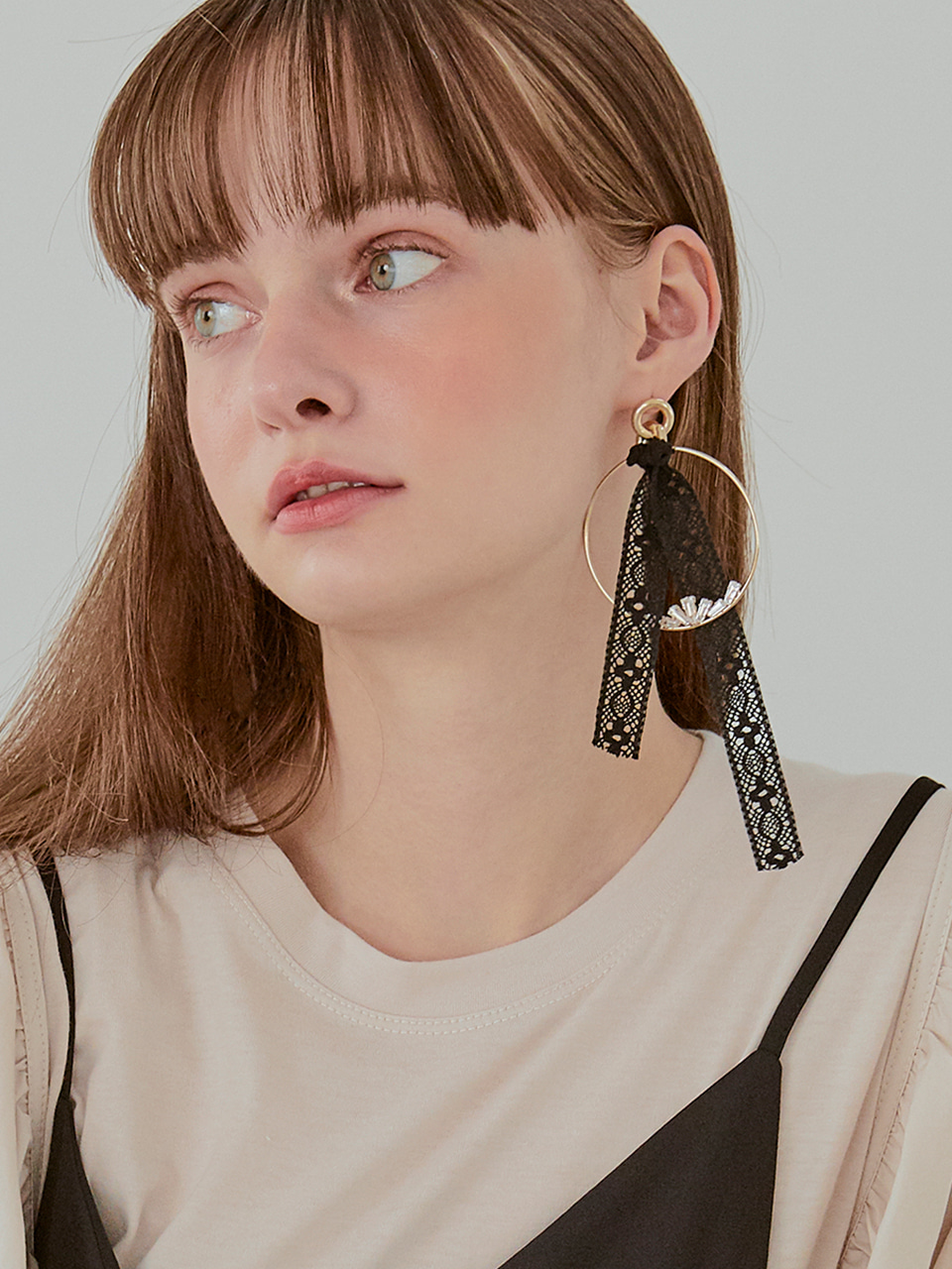 Black Lace Circle Earring (Single), Black