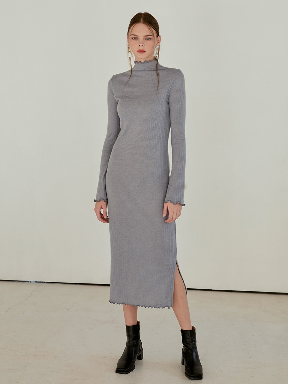 [한성민 착용] Layered Slim Long Dress, Light Blue